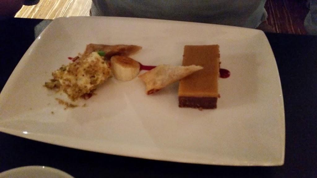#foodie Karamel Fudge Brownie: Met verveine parfait en een loempia gevuld met banaan en gezouten pinda's