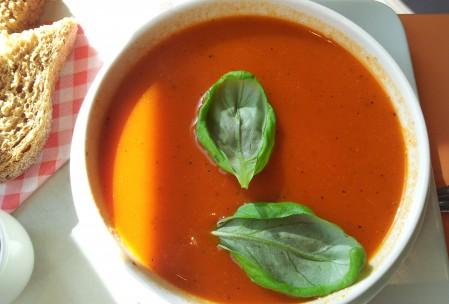tomatensoep stilleven