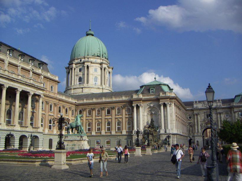 10x doen in Boedapest burcht Castle District